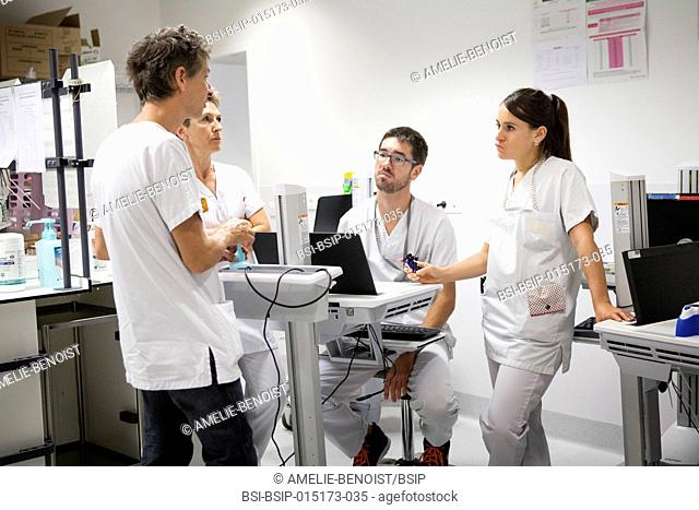 Reportage in the pediatric emergency unit in a hospital in Haute-Savoie, France. A doctor, nurses and an auxiliary nurse