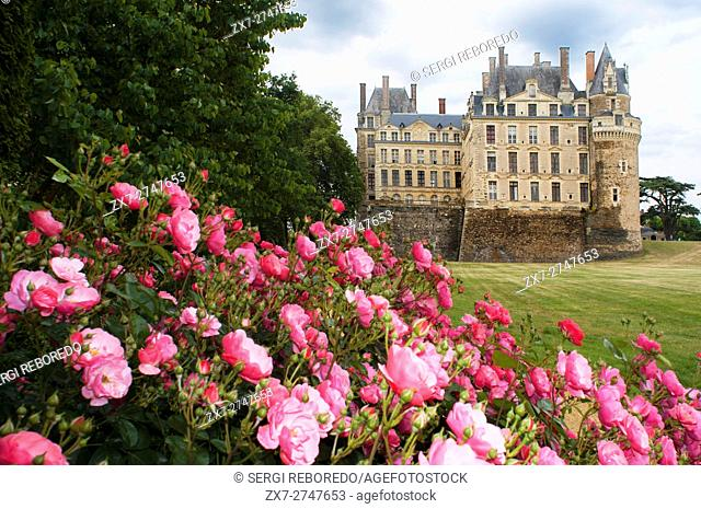 Gardens of Chateau Brissac-Quince, Brissac castle, near Angers, said to be the tallest chateau in France, Maine-et-Loire, Pays de la Loire, France, Europe