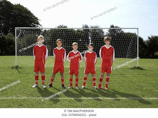 Football Team in front of goal
