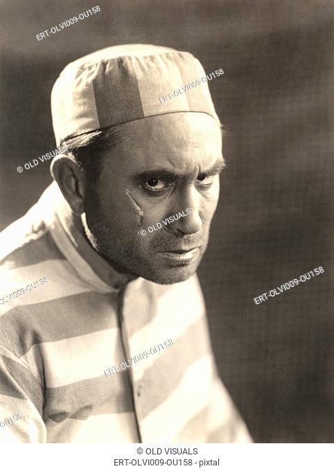 Prisoner with scar