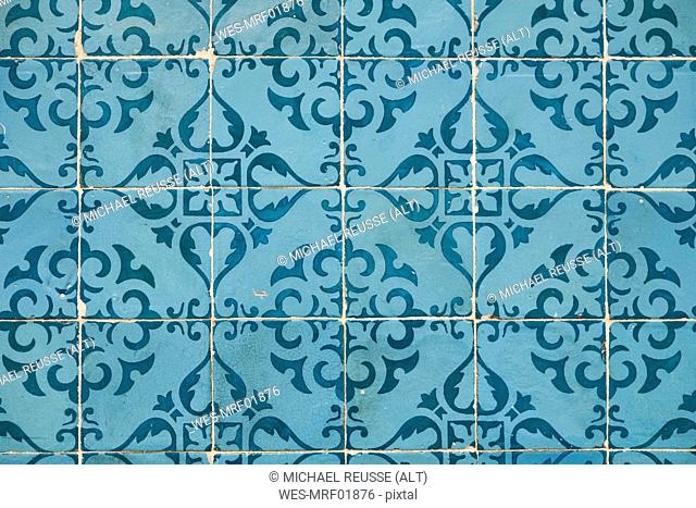 Portugal, Lisbon, Chiado, part of wall with white and blue azulejos
