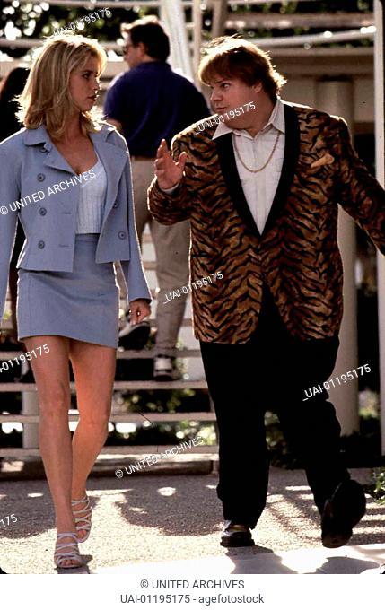 Nicollette Sheridan, Chris Farley  Eines Tages taucht Alison Page (Nicollette Sheridan) bei den Ninjas auf. Sie bittet Haru (Chris Farley) mit nach Los Angeles...
