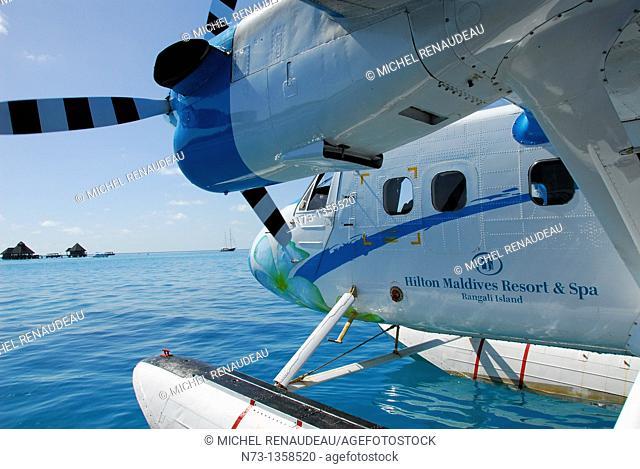 Maldives, Maldivian Air Taxi, assure en Hydravion la liaison entre les Iles