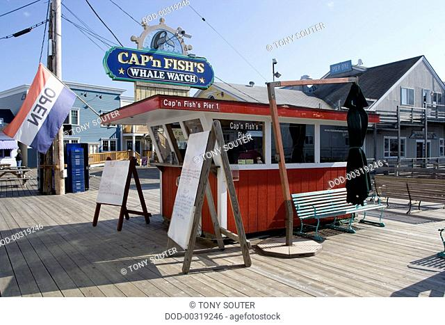 USA, Maine, Boothbay Harbor, whalewatching ticket booths