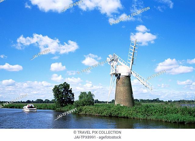 England, Norfolk, Norfolk Broads, River Ant