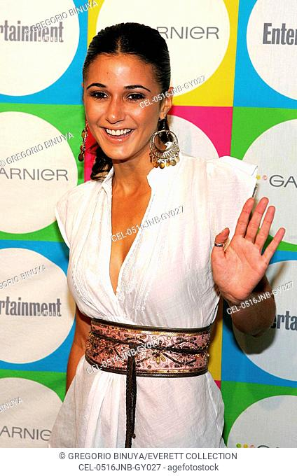 Emmanuelle Chriqui at arrivals for Entertainment Weekly THE MUST LIST Party, Deep, New York, NY, June 16, 2005. Photo by: Gregorio Binuya/Everett Collection
