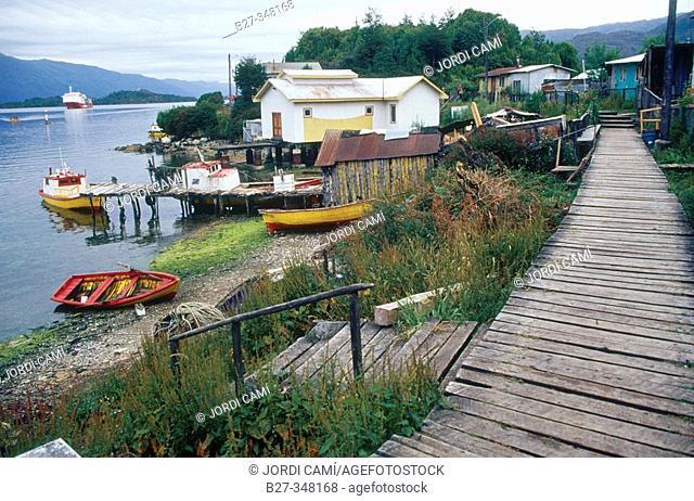 Puerto Edén. Canales Patagónicos. XIIth region of Magallanes. Chile