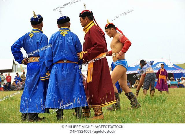 Mongolia, Bulgan province, Naadam festival, wrestling tornament