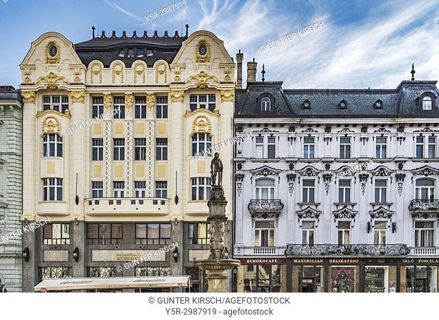 On the west side of the Main Square is the 1906 built Art Nouveau building for the Hungarian Eskontbank and the 1880 built Palais Palugyay (right)