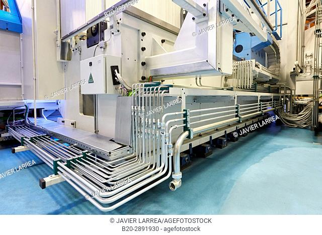 Pressure Pipes, Machining Centre. CNC. Horizontal turning and Milling lathe. Design, manufacture and installation of machine tools