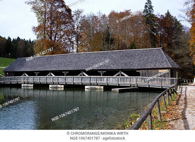 Wooden bridge across lake Koenigssee, Schoenau am Koenigssee, Berchtesgaden Nation Park, Berchtesgadener Land, Upper Bavaria, Bavaria, Germany, Europe