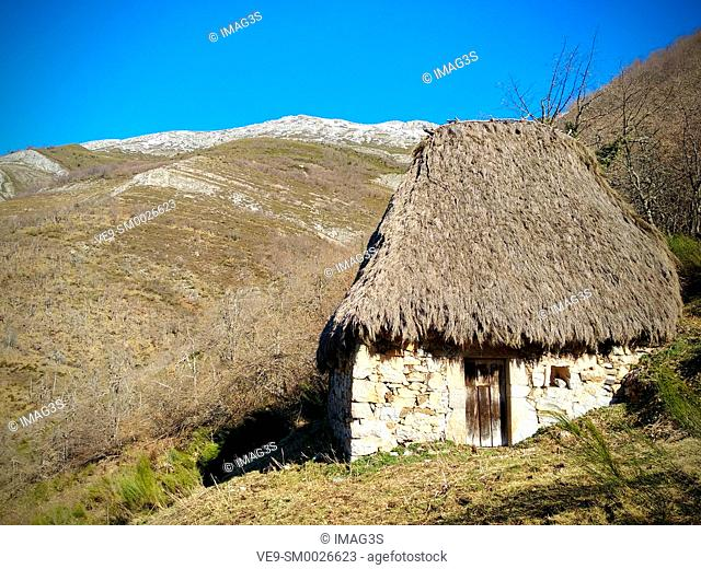 Teito (typical hut) in Veigas Village, Somiedo Natural Park and Biosphere Reserve, Asturias, Spain