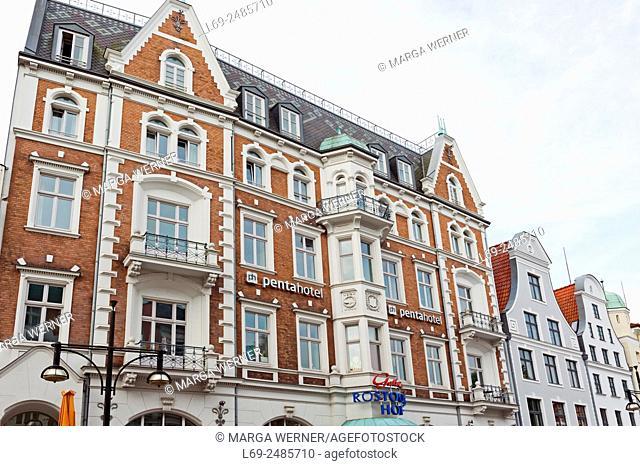 "Shopping mall """" Rostocker Hof"""" with historic facade (1888), Hanseatic City of Rostock, Mecklenburg-Western Pomerania, Germany, Europe"