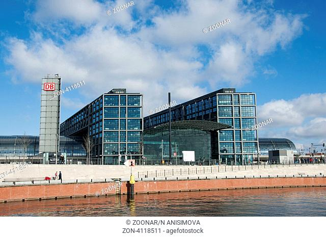 BERLIN, GERMANY - MARCH 19: Exterior view of the main railway station on March 19, 2011 in Berlin, Germany. Daily number of passengers is estimated to be at 350