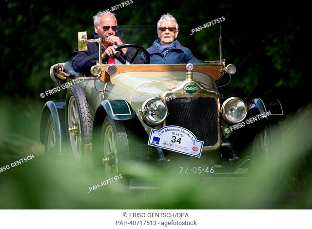 A classic Calcott Cabriolet made in 1914 is driven during a Schnauferl tour in Warendorf, Germany, 02 July 2013. A classic car meeting is taking place from 06...