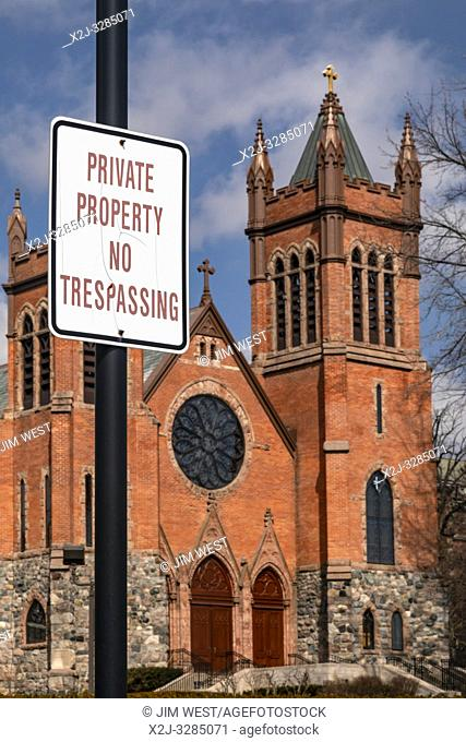 """Grosse Pointe Farms, Michigan - A """"no trespassing"""" sign posted at St. Paul on the Lake Catholic Church. The church is located on the shore of Lake St"""