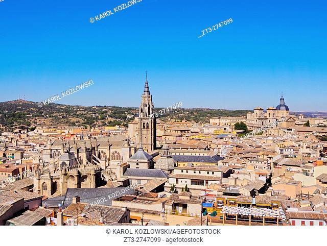 Spain, Castile La Mancha, Toledo, Old Town viewed from the Alcazar de Toledo.