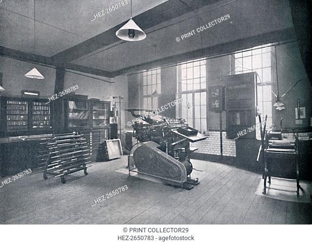 'St. Bride Foundation School. Offset Printing Room', 1917. Artist: Unknown