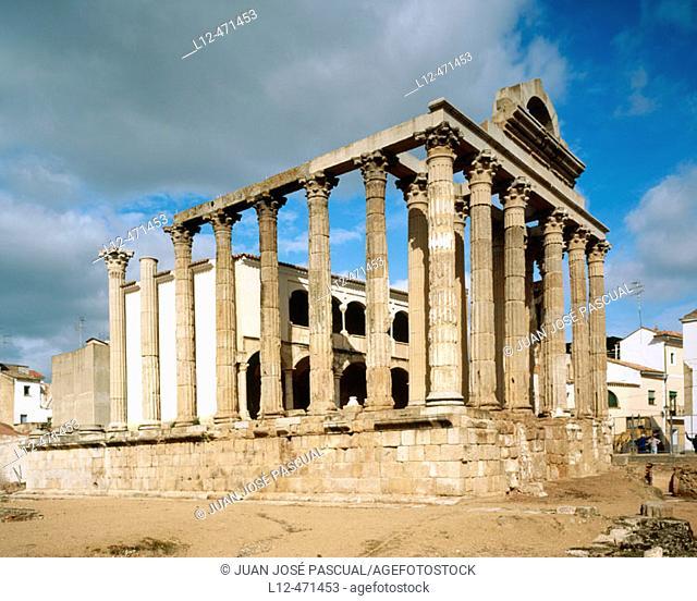 Ruins of Diana's temple, Mérida. Badajoz province, Extremadura, Spain
