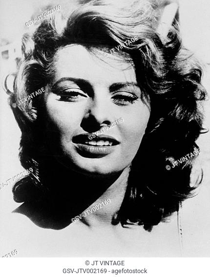 Movie Star Sophia Loren In A Scene Stock Photos And Images Age
