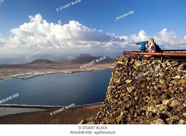 View to Isla Graciosa, Mirador del Rio, Lanzarote, Canary Islands, Spain