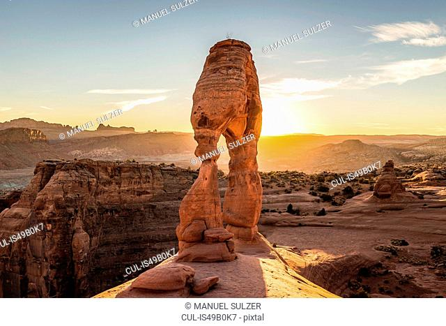 Delicate Arch, Arches National Park, Moab, Utah, USA
