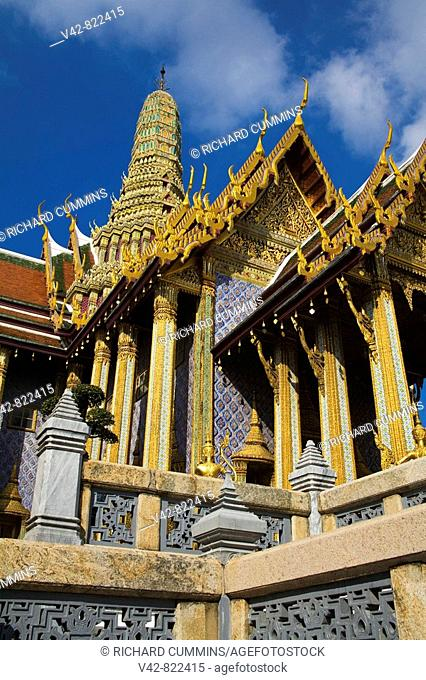 Prasat Phra Dhepbidorn Royal Pantheon, Royal Grand Palace, Rattanakosin District, Bangkok, Thailand, Asia