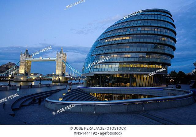 City Hall, River Thames, Tower Bridge, London, England, United Kingdom, Europe