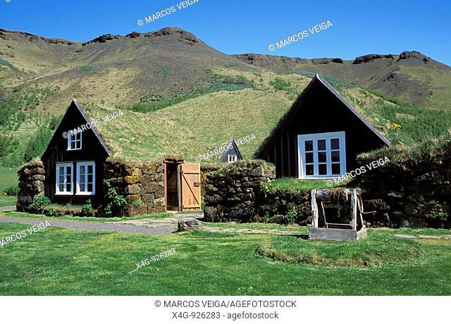 Construcciones tradicionales islandesas, Museo etnográfico de Skogar, Islandia  Icelandic traditional buildings, Skogar ethnographic museum, Iceland
