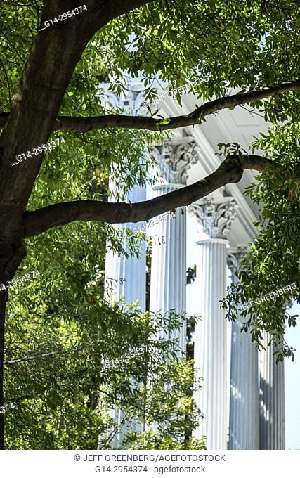 North Carolina, NC, Wilmington, historic district, Market Street, Kenan Plaza, Bellamy Mansion Museum, antebellum architecture, fluted columns