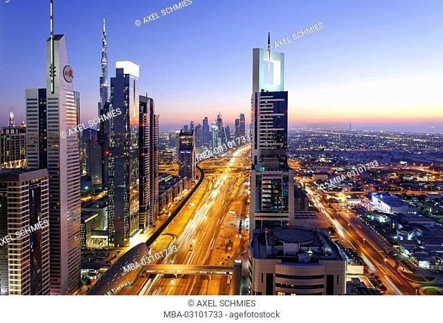 Downtown Dubai, panorama, skyline, evening mood at the Persian Gulf, traffic, metropolis, Sheik Zayed Road, Dubai, United Arab Emirates