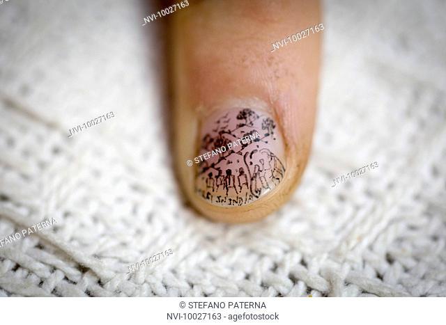Miniature drawing on a fingernail, Bikaner Miniature Arts, Bikaner, Rajasthan, India
