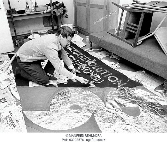 A member of the SDS prepares a banner in Frankfurt on 13 May 1968 for the demonstrations against the emergency laws. - Frankfurt/Hessen/Germany