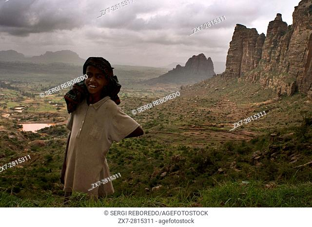 Gheralta mountains, near Hawzen, Eastern Tigray, Ethiopia. Trekking in Gheralta. To access the churches nestled in the rocks that are at the top of the...