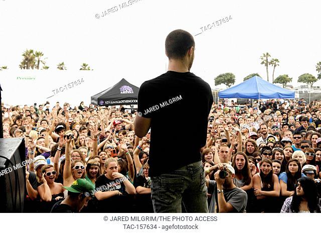 Mike Posner performs at the Vans Warped Tour 2010 at Seaside Park on June 27, 2010 in Ventura, California
