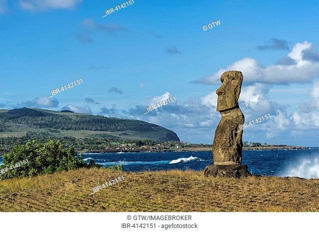 Hanga Kio'e Moai, Unesco World Heritage Site, Rapa Nui National Park, Easter Island, Chile