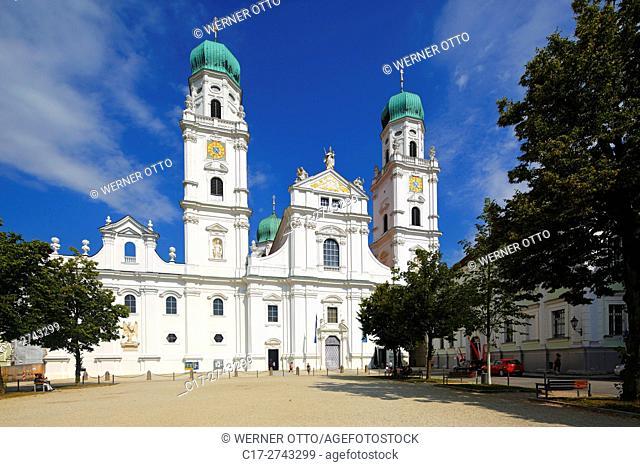 Germany, Bavaria, Eastern Bavaria, Lower Bavaria, Passau, Danube, Inn, Ilz, St. Stephens Cathedral at the Domplatz, Bishop church, baroque