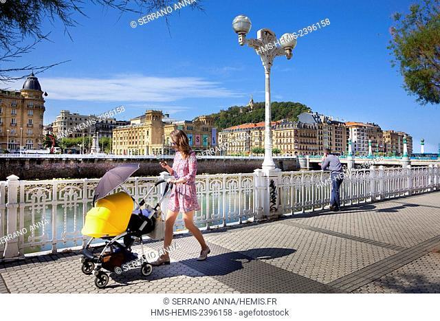 Spain, Basque Country, Guipuzcoa province (Guipuzkoa), San Sebastian (Donostia), European capital of culture 2016, Urumea River
