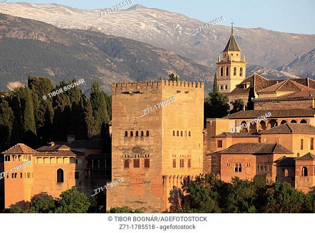 Spain, Andalusia, Granada, Alhambra, Sierra Nevada