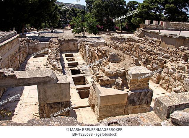 Knossos, archaeological excavation site, Minoan Palace, Heraklion, Crete, Greece, Europe