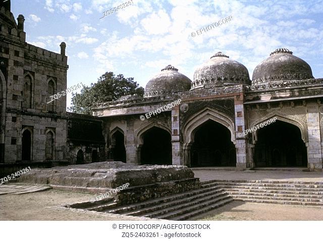 Bara Gumbad Complex. Jami Mosque of Sikander Lodi. Delhi India