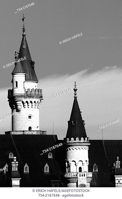 The neo-Gothic towers of Neuschwanstein Castle