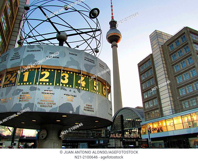 The World Clock 'Urania' designed by Erich John and erected in 1969. Standing in the background we see the Fernsehturm -Berlin TV Tower- built between 1965 and...