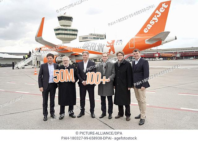 27 March 2018, Germany, Berlin: Thomas Haagensen (left to right), German head of the Easyjet budget airline, Rainer Bretschneider