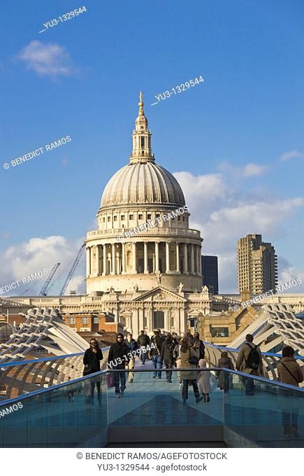 St Paul's Cathedral and the Millennium Bridge, London, England, UK