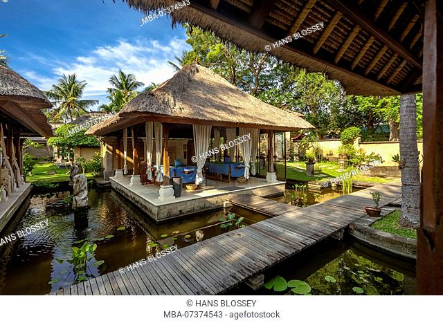 Spa area of ??a star hotel in Bali, massage sites, spa, straw houses, Lovina Beach, Buleleng, Bali, Indonesia, Asia