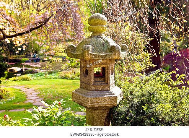 japanese lantern in the Japanese Garden Leverkusen in spring, Germany, North Rhine-Westphalia, Bergisches Land, Leverkusen