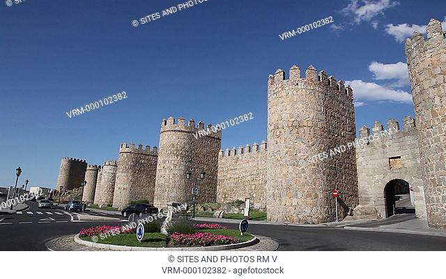 PAN, LA. Daylight. Fortified Medieval walls surrounding the World Heritage Site of Avila. Alfonso VI ordered the construction of these fortifications after his...