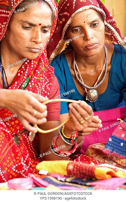 A partner organization to Vatsalya, Anoothi assists impoverished village women in India attain economic self-sufficiency  Utilizing fair trade practices