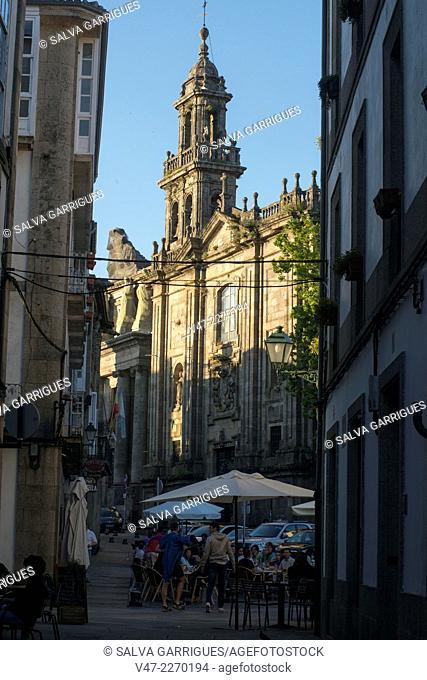 Detail of a street in the old town of Santiago de Compostela, A Coruña, Galicia, Spain